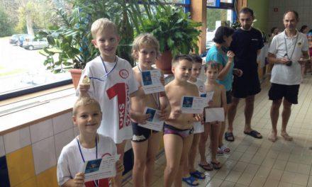 IZawody Pływackie Dzieci