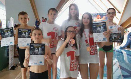 Amatorskie pływackie mistrzostwa Skoczowa