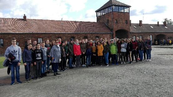 Wspólny wyjazd do Oświęcimia i Krakowa uczniów z Piska i Szczyrku